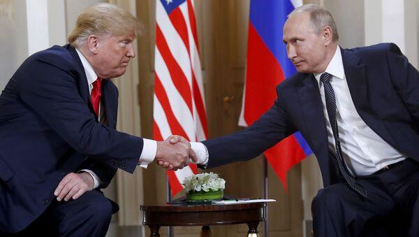 Donald Trump - Vladimir Putin - Sputnik Türkiye