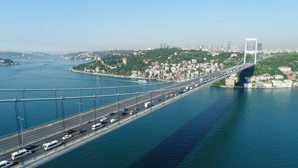 Fatih Sultan Mehmet Köprüsü'nde bakım onarım çalışmaları  - Sputnik Türkiye