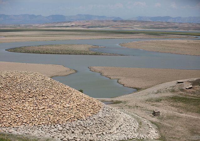 Irak'ta Dicle Nehri üzerindeki Musul Barajı