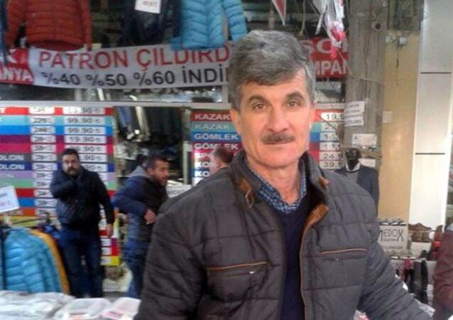 Bursa'da tüfeğiyle tilki vurmak isterken kendini vuran 53 yaşındaki adam hayatını kaybetti.