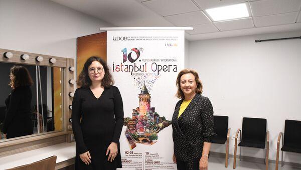 Kültür ve Turizm Bakan Yardımcısı Özgül Özkan Yavuz, Sputnik muhabiri Elif Sudagezer'in sorularını yanıtladı. - Sputnik Türkiye