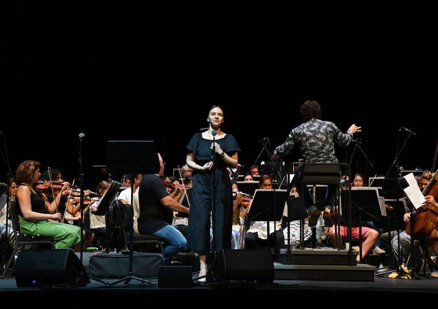 Uluslararası İstanbul Opera Festivali konserinin provasında Bolşoy Tiyatrosu Solistleri ve mezzo-soprana Yulia Mazurova