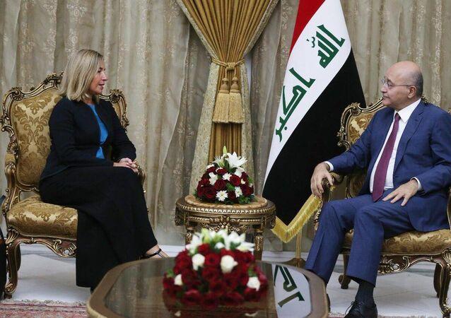 Irak Cumhurbaşkanı Berhem Salih, başkent Bağdat'taki konutunda Avrupa Birliği Dışişleri ve Güvenlik Politikaları Yüksek Temsilcisi Federica Mogherini'yi kabul etti.