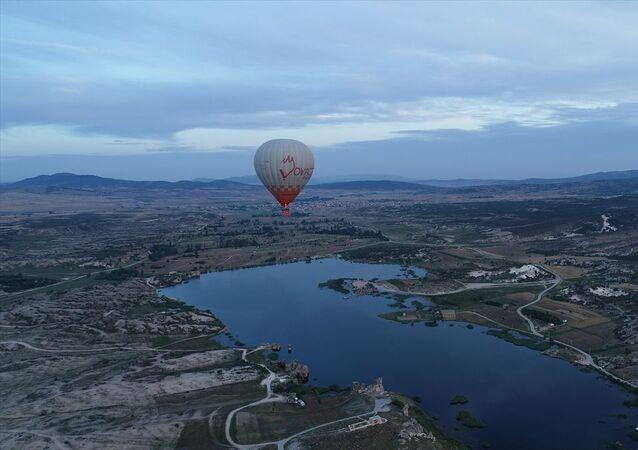 Frigya'da ilk sıcak hava balonu