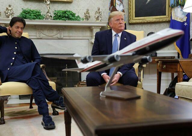 ABD Başkanı Donald Trump -  Pakistan Başbakanı İmran Han