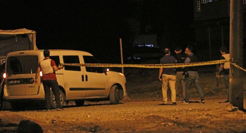 Diyarbakır'da zırhlı polis aracına saldırı