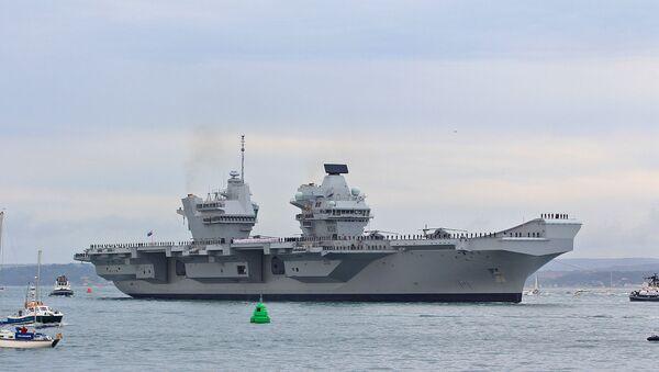 Авианосец HMS Queen Elizabeth - Sputnik Türkiye
