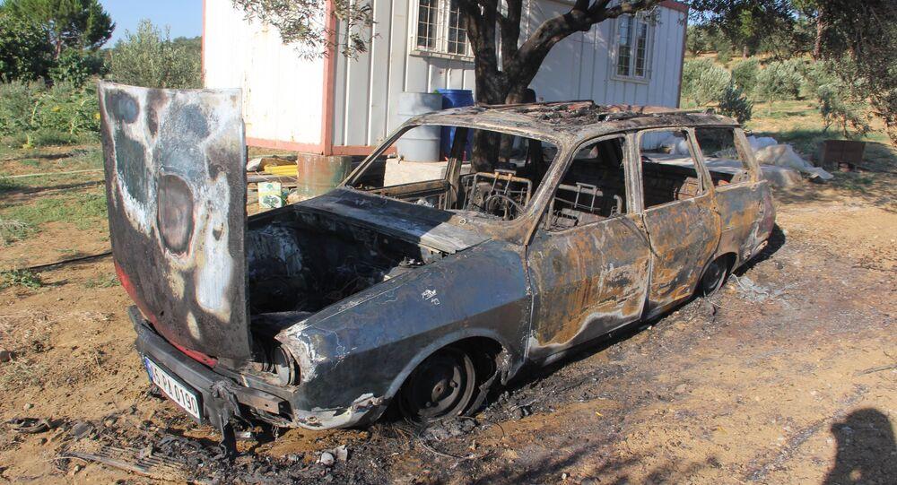 Arabada bırakılan 3 yaşındaki çocuk yanarak can verdi