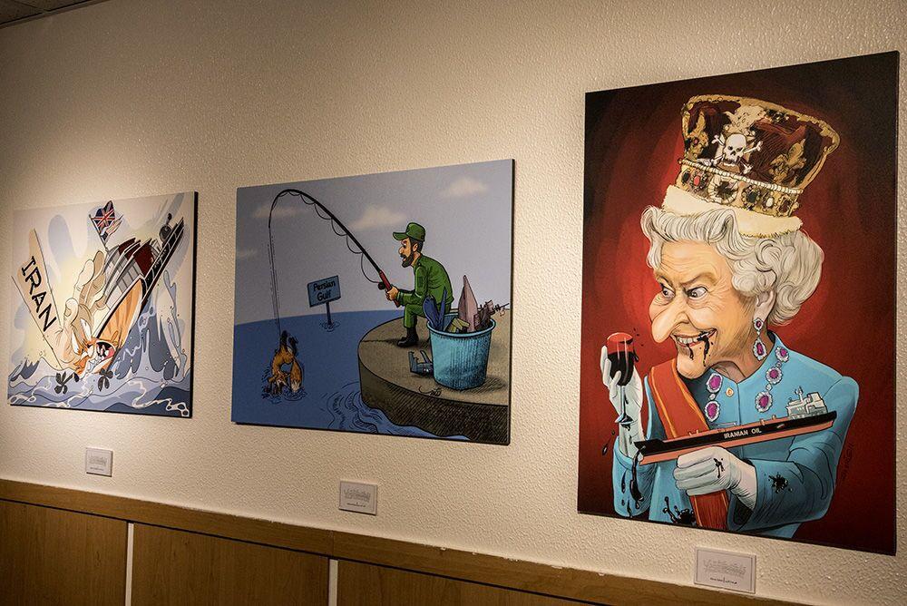 İran'lı karikatüristler, İngiltere'nin Cebelitarık boğazında İran gemisine el koymasını karikatürize ettiler.