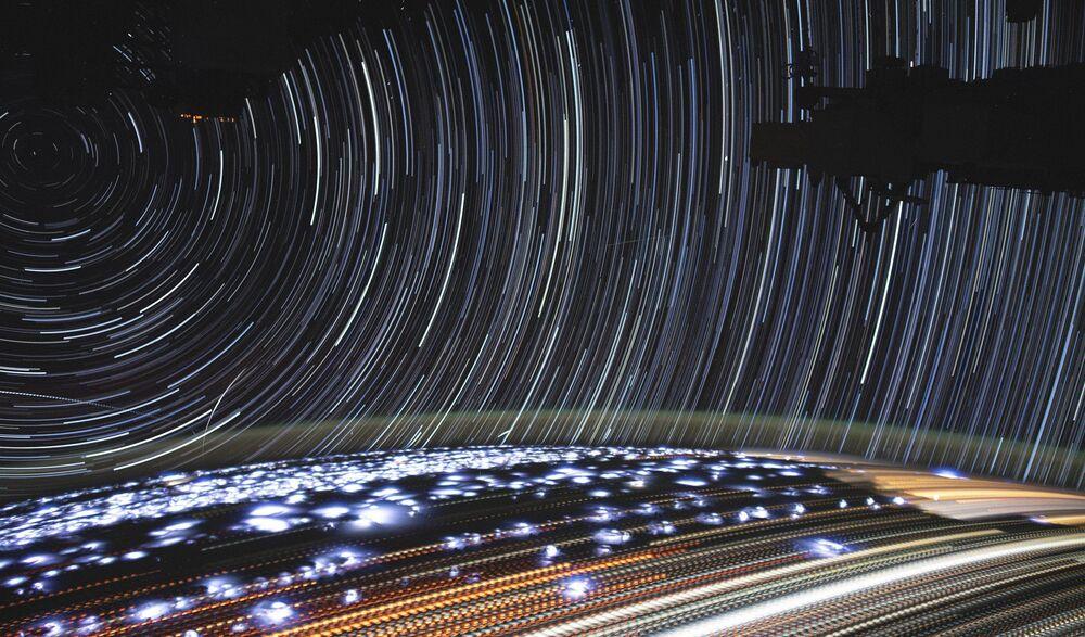Uluslararası Uzay İstasyonu'ndan görüntülenen Dünya manzarası.