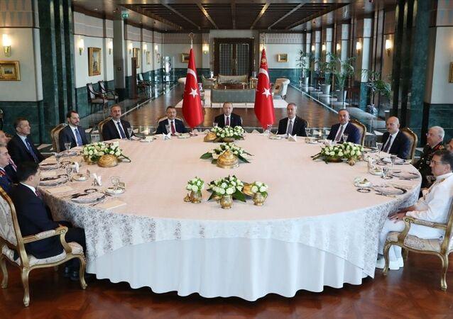 Recep Tayyip Erdoğan başkanlığında yapılan YAŞ toplantısı
