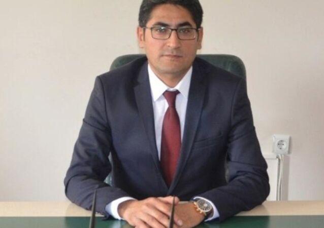 Konya'nın Ereğli İlçe Belediye Başkan Yardımcısı Osman Nuri Atçeken, bir kişi tarafından silahla bacağından vurularak, yaralandı.