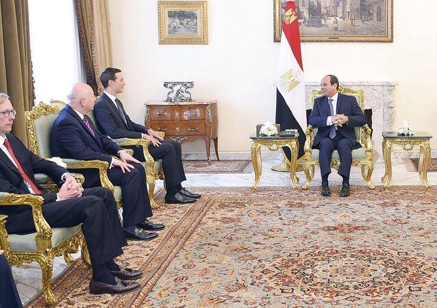Mısır Cumhurbaşkanı Abdulfettah Sisi ve ABD Başkanı Donald Trump'ın damadı ve Başdanışmanı Jared Kushner