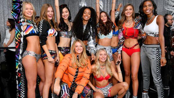 Victoria's Secret şovlarının sahne arkası - Sputnik Türkiye