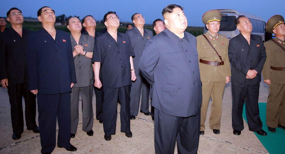 Kuzey Kore resmi haber ajansı KCNA'da yer alan haberde, Deneme atışının istenildiği gibi tatminkar bir şekilde yerine getirilmesini takdir eden Kim Jong-un, söz konusu askeri eylemin şu anda ABD ve Güney Kore yönetimleri tarafından yürütülen ortak askeri tatbikata uygun bir uyarı gönderme fırsatı olacağını belirtti ifadeleri yer aldı.