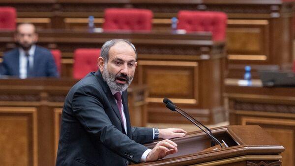 Paşinyan, Ermenistan parlamentosu - Sputnik Türkiye