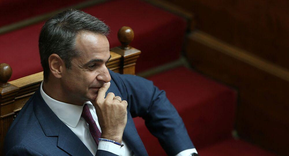 Yunan meclisinde akademik sığınma yasasının kaldırılmasıyla ilgili oylama öncesi Başbakan Kiryakos Miçotakis
