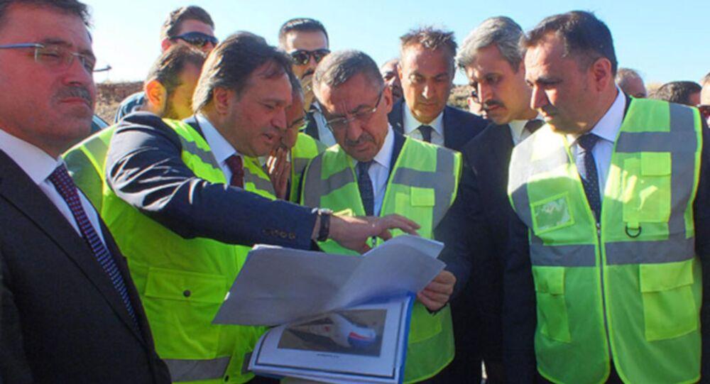 Cumhurbaşkanı Yardımcısı Fuat Oktay, Yozgat'ta Ankara-Sivas Yüksek Hızlı Tren (YHT) hattı şantiyesinde inceleme yaptı.