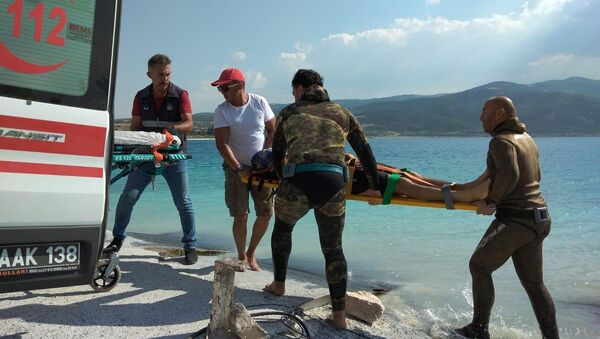 Salda Gölü'nde bir kişi boğularak yaşamını yitirdi - Sputnik Türkiye