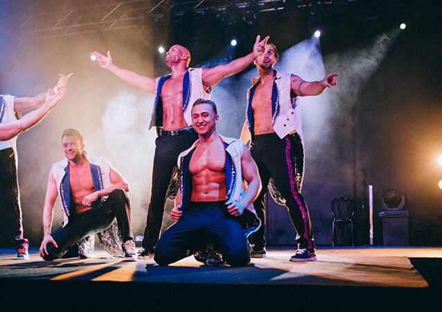 İskandinavya'dan bir erkek striptiz grubu