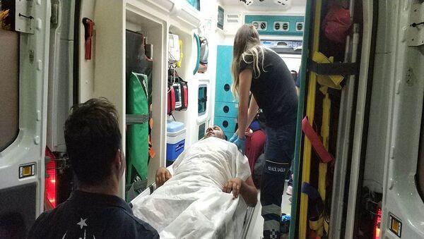 Samsun'da kına gecesindeki kavgada pompalı tüfekle açılan ateş sonucu 1'i çocuk, 4'ü kadın toplam 7 kişi vurularak hastanelik oldu.  - Sputnik Türkiye