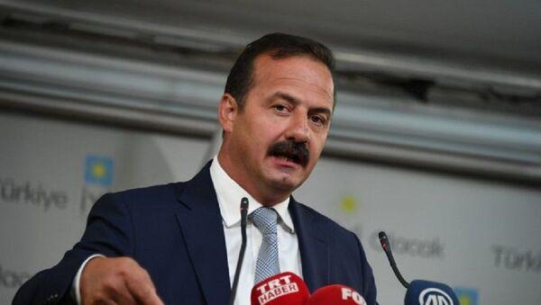 Yavuz Ağıralioğlu - Sputnik Türkiye