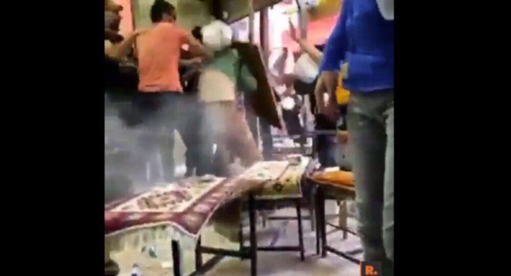 Van'da kayyum protestosuna polis şiddeti