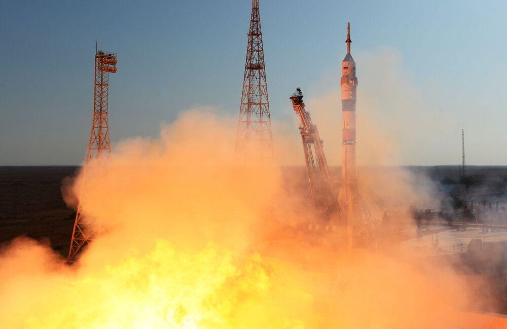 UUİ'ye doğru ilerleyen Soyuz MS-14'ün önünde iki günlük bir yolculuk var. Uzay mekiğinin istasyona, cumartesi günü Moskova saatiyle sabah 08.30'da varması bekleniyor.