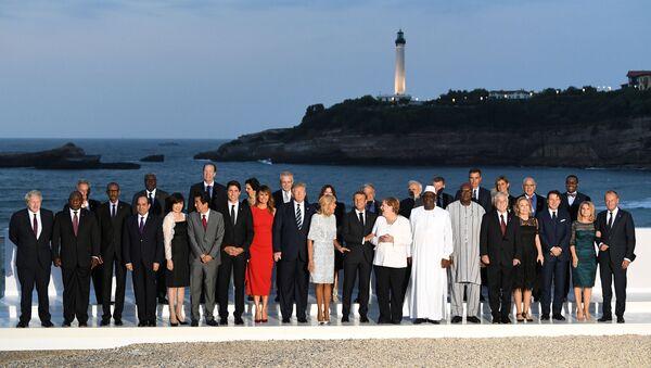 Biarritz'de G7 aile fotoğrafı - Sputnik Türkiye