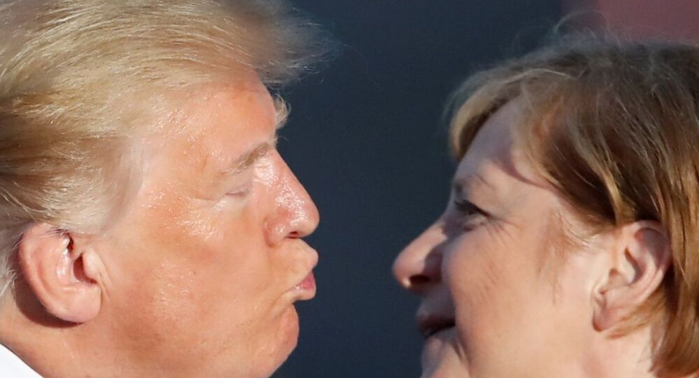Donald Trump ve Angela Merkel G7 zirvesinde