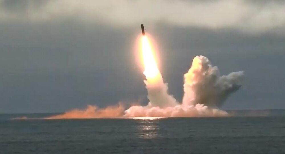Rusya, Bulava ve Sineva balistik füzelerini başarıyla test etti