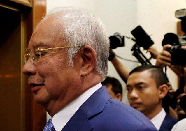 Necip Rezak, 1MDB davasının görüldüğü Kuala Lumpur Yüksek Mahkemesi'de