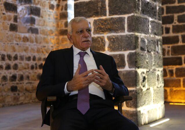 Görevden alınan Mardin Büyükşehir Belediye Başkanı Ahmet Türk