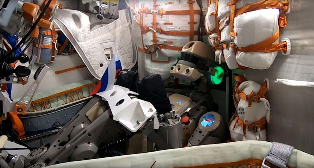 Rusya'nın uzaya gönderdiği ilk insansı robotu FEDOR.
