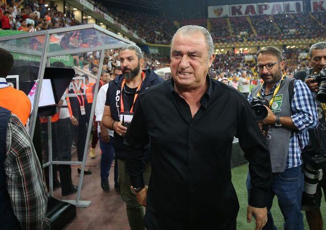 Fatih Terim: İzah etmesi çok zor bir maç oynadık. Bu karşılaşmayı tek başına futbolla açıklamak yetersiz kalır.