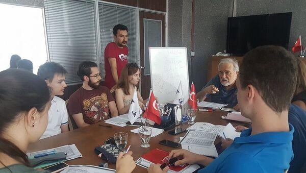Rus Türkologlara yönelik Tarih Yaz Okulu - Sputnik Türkiye
