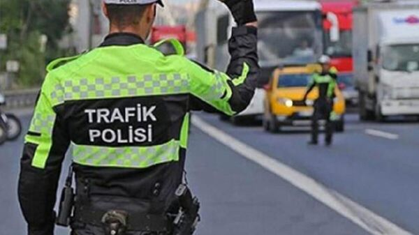 Trafik polisi - Sputnik Türkiye