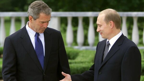 Vladimir Putin, George Bush - Sputnik Türkiye
