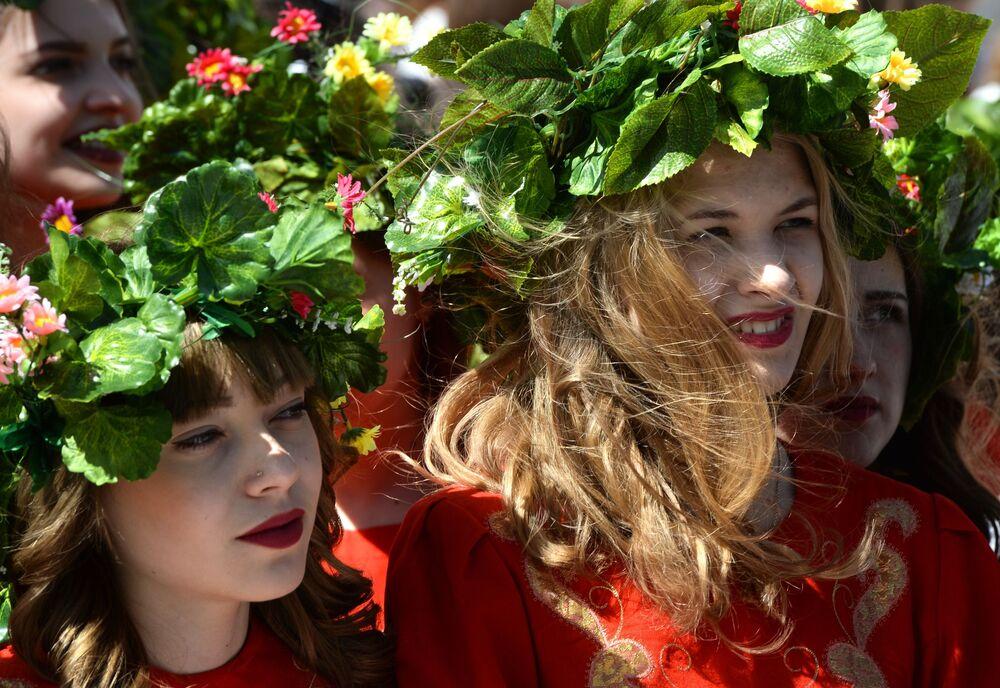 Sibirya bölgesindeki Novosibirsk kenti,  en güzel kadınların yaşadığı şehirler arasında üçüncülüğü kazandı.