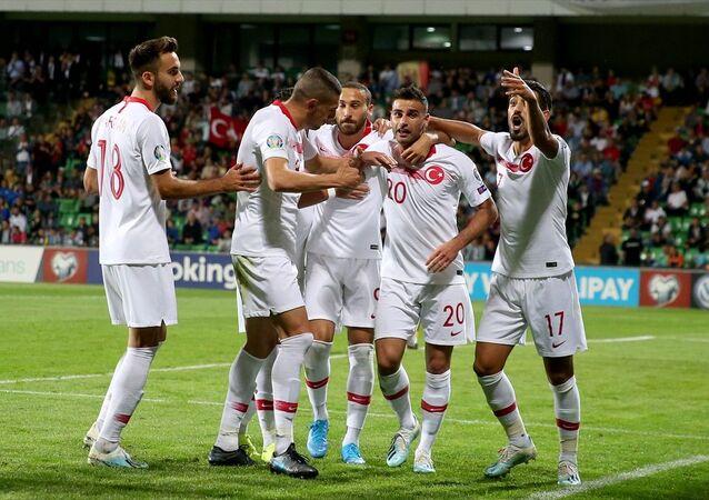 Türkiye, Moldova'yı deplasmanda 4-0'lık skorla devirdi