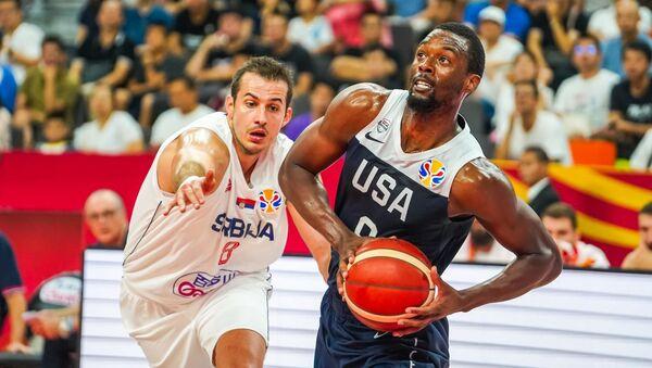 Fransa'ya yenilerek şampiyonluk şansını kaybeden ABD, 5-8'incilik klasman maçında Sırbistan'a kaybetti. - Sputnik Türkiye