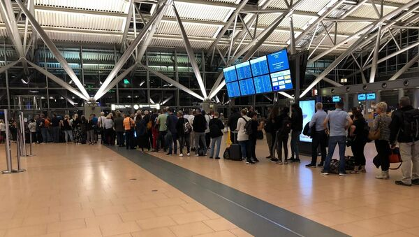 Hamburg Havalimanı'nda güvenlik alarmı - Sputnik Türkiye