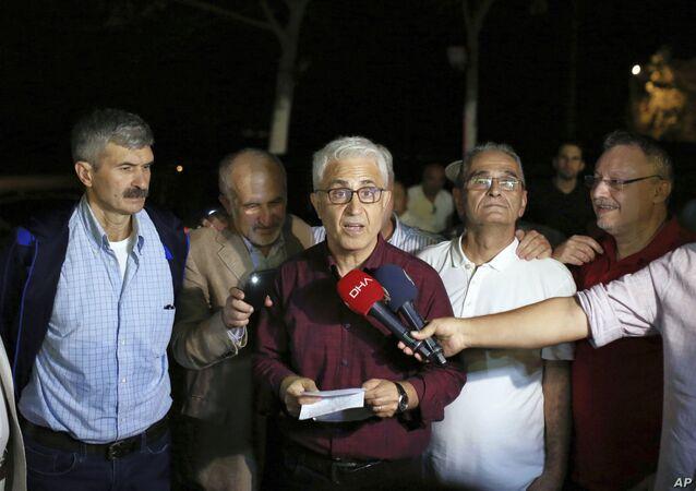 Tahliye edilen eski Cumhuriyet Gazetesi çalışanı Musa Kart