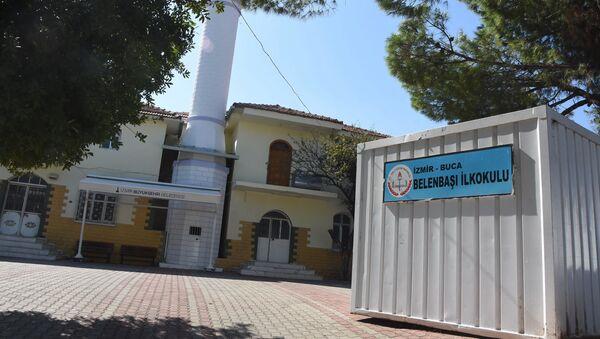 İnşaatı bitmeyen okul - Sputnik Türkiye