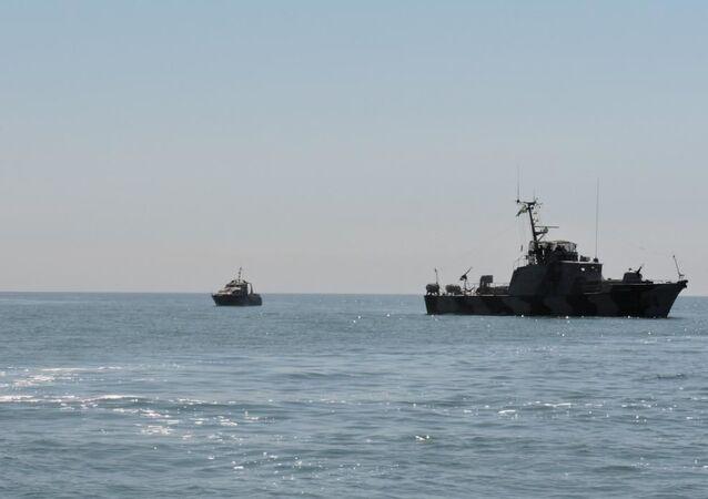 FSB, Japon Denizi'nde 88 Kuzey Koreli balıkçıyı gözaltına aldı