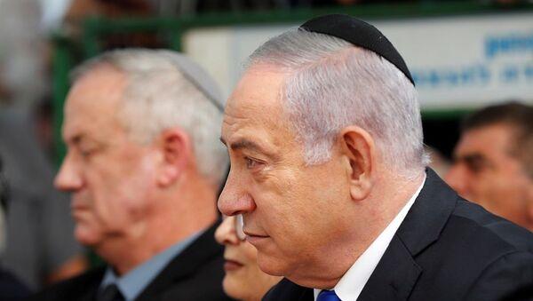 Benyamin Netanyahu - Benny Gantz - Sputnik Türkiye