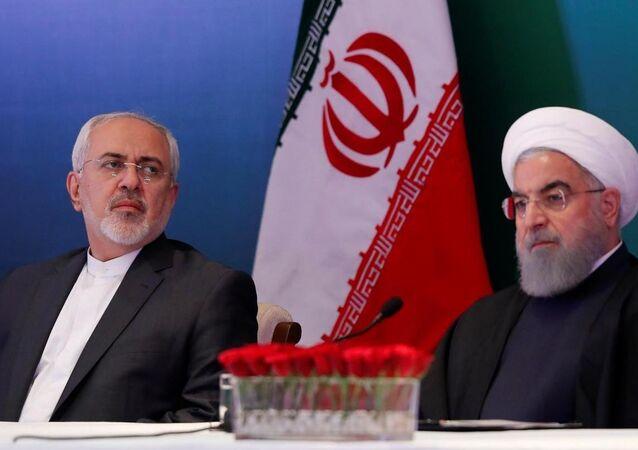 İran Cumhurbaşkanı Ruhani ve Dışişleri Bakanı Zarif