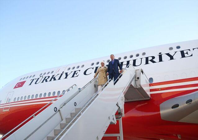 Türkiye Cumhurbaşkanı Recep Tayyip Erdoğan, Birleşmiş Milletler (BM) 74. Genel Kurulu görüşmelerine katılmak üzere özel Uçak TC-TRK ile ABD'nin New York şehrine ulaştı.