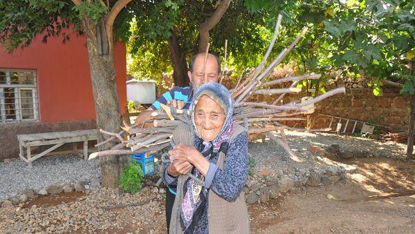 Osmanlı Devleti'nin son dönemlerinde dünyaya gelen Fatma Traş - Sputnik Türkiye