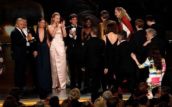 Los Angeles'taki Microsoft Tiyatrosu'nda düzenlenen 71. Emmy Ödül Töreninde En İyi Drama Dizisi ödülüne 32 dalda aday gösterilen Game of Thrones layık görüldü - Sputnik Türkiye